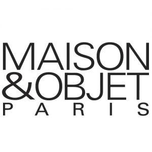 logo_MO-PARIS_white